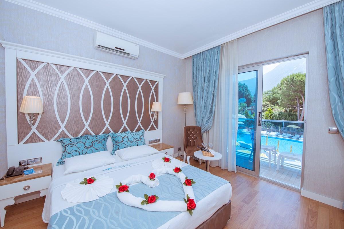 Pool View Room | Ocean Blue High Class