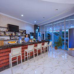 Reception& Lobby (7)